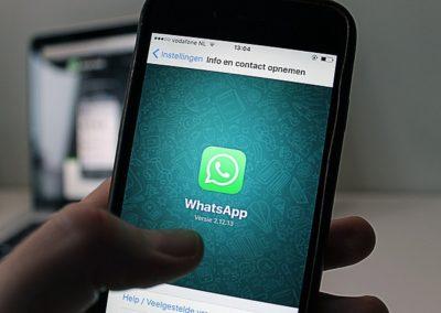 Juiz nega indenização por danos morais a empregado dispensado por Whatsapp